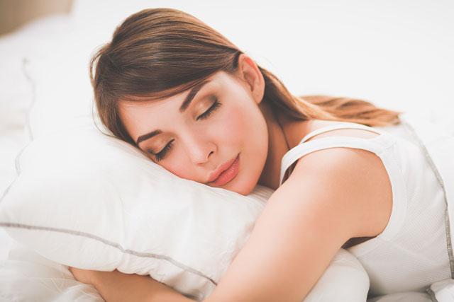 Cuáles son los beneficios de dormir bien con ayuda del humidificador